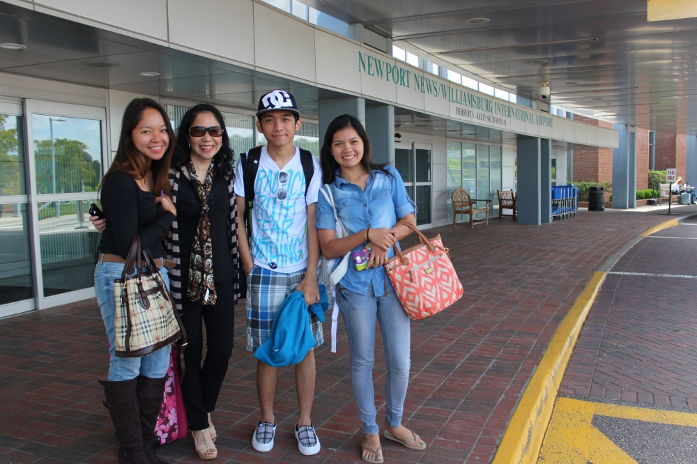 Jea, Tita Tina, Me, and Daphne